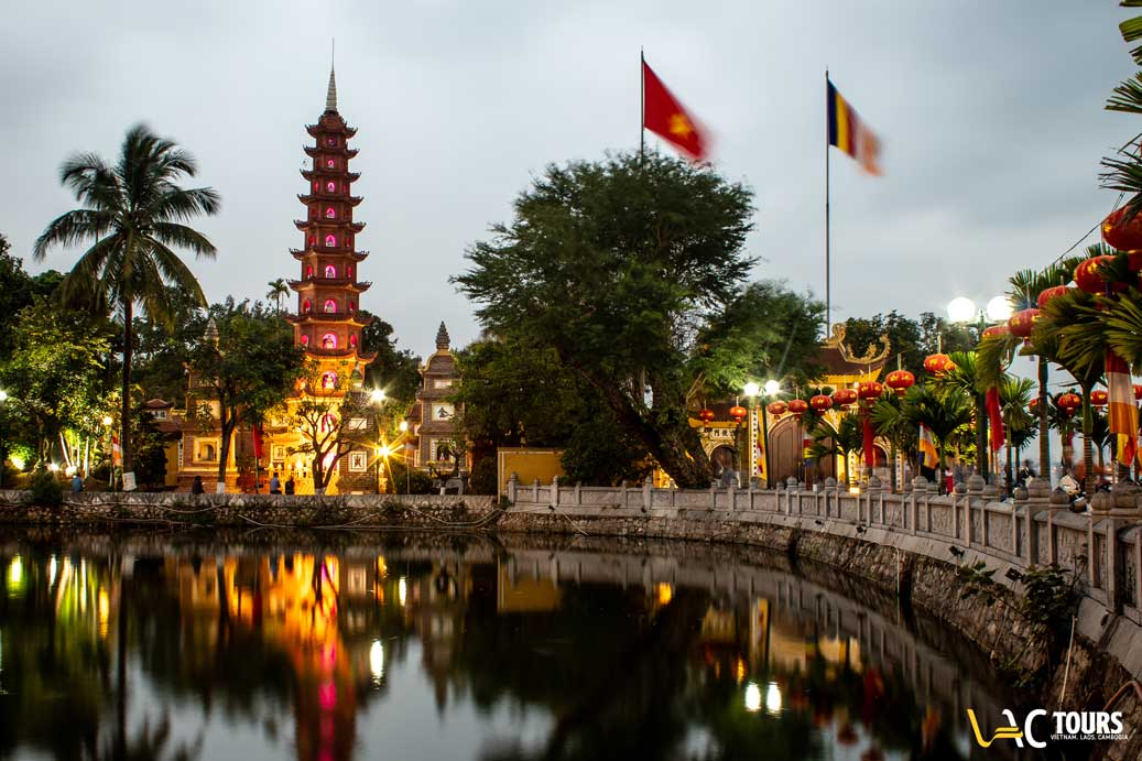 pagode-tran-quoc-vactours