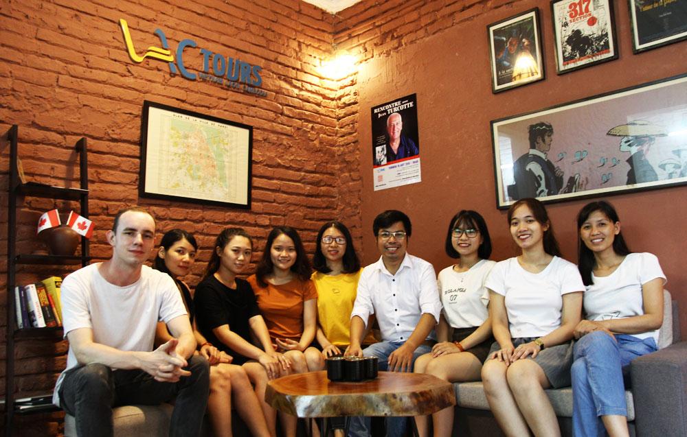 equipe de Vactours - agence de voyage